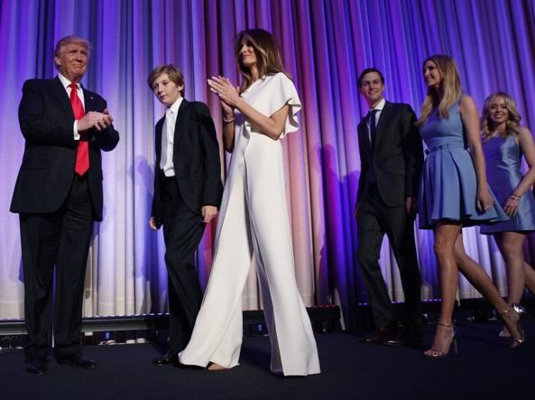 Melania Trump, con la tuta bianca di Ralph Lauren indossata durante la campagna per le presidenziali Usa