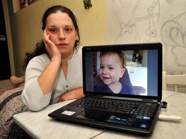 Torna in Italia la bambina rapita dal papà siriano cinque anni fa