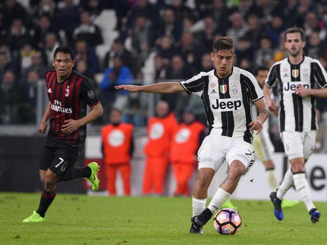 Serie A, Juventus-Milan 2-1: un rigore al 97' e Dybala segna tra i veleni