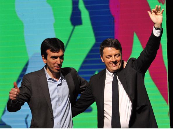 Matteo Renzi e Maurizio Martina, che lo affiancherà nelle primarie Pd (Ansa)