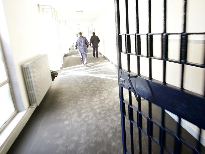 Gli spacciatori affollano le carceri (e i colletti bianchi restano fuori)