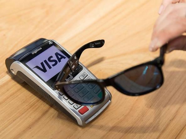 Visa sunglasses: gli occhiali per i pagamenti