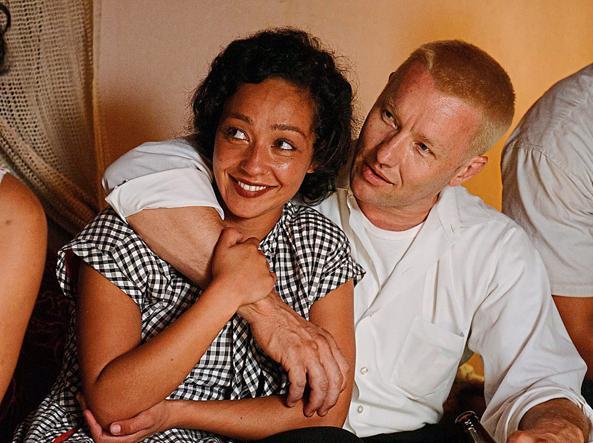 Ruth Negga (35 anni) e Joel Edgerton (42) sono la coppia interrazziale protagonista del film diretto da Jeff Nichols ispirato a una storia vera
