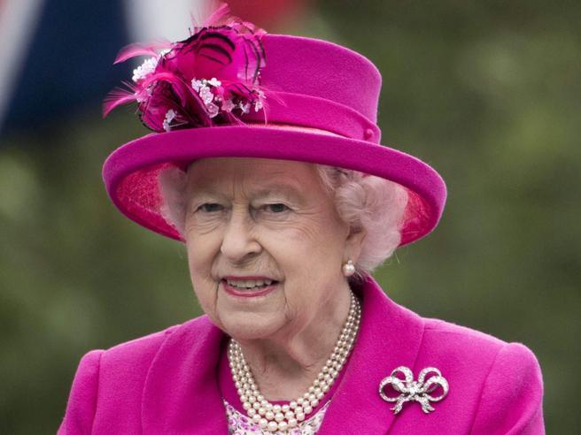 Operazione «London Bridge»Il piano per la morte della Regina 65 anni di regno|I look