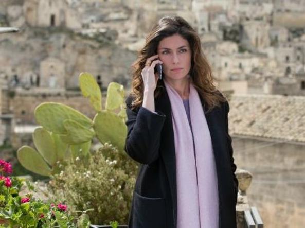 Tra i protagonisti della serie in 6 puntate, Anna Valle