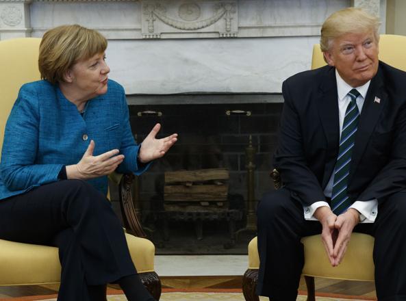 La cancelliera tedesca Angela Merkel e il presidente degli Stati Uniti Donald Trump (Ap)