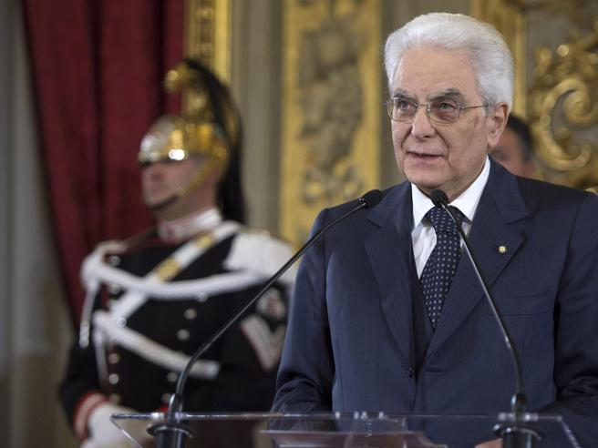 Mattarella a Locri: «Mafiosi senza onore né coraggio, azzerare paludi di corruzione»