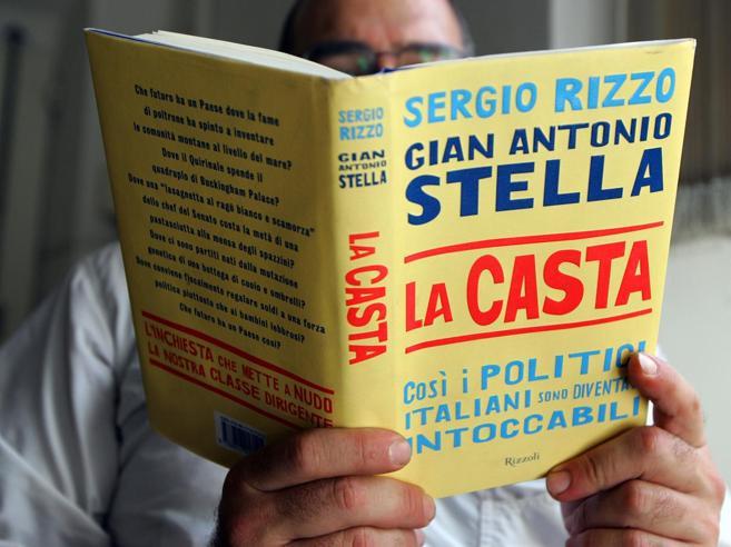 Province e vitalizi, i tagli mancatiCosì resistono i costi della politicaSprechi, le tappe dell'Italia degli scandali