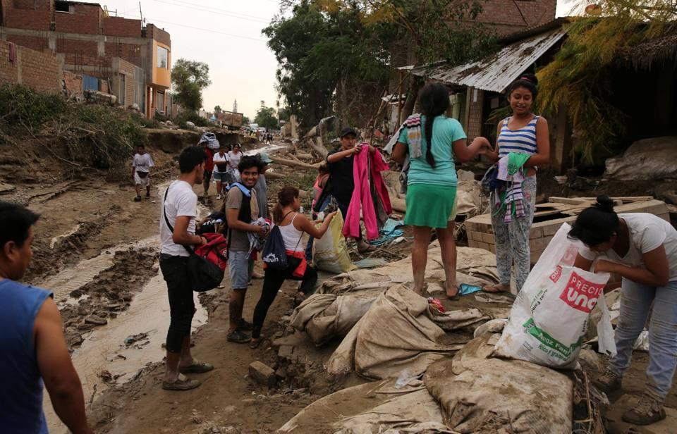 Maltempo in per oltre 70 i morti per le alluvioni for 3 costo del garage per metro quadrato
