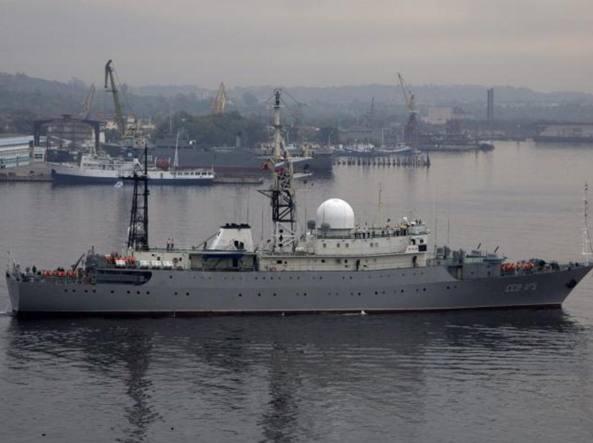 La nave spia Viktor Leonov