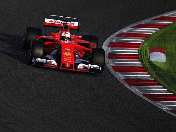 Veloce Sebastian Vettel e la Ferrari sognano una stagione da protagonisti dopo aver inseguito a lungo la Mercedes (Getty Images/Istitene)