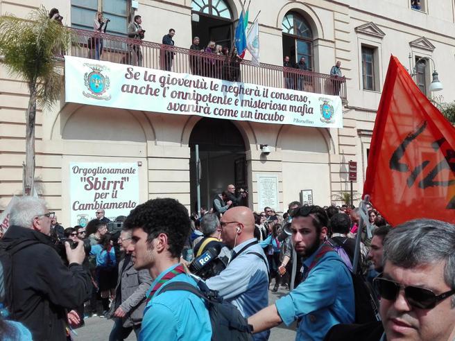 A  Locri 25 mila  in piazza  per ricordare le vittime delle mafie |Immagini|Video