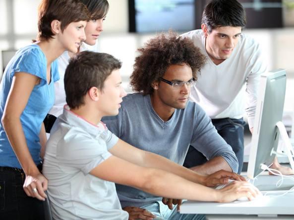 Lavoro, nel 2020 i giovani raggiungeranno l'indipendenza economica a quasi 40 anni