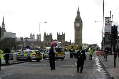 Attentato a Londra davanti a Westminster