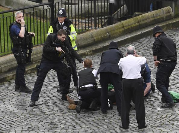 L'Isis rivendica l'attentato di Londra