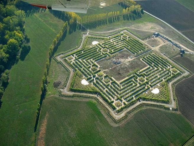 Il labirinto d'arte e le sculture segreteEcco nove idee per il fine settimana