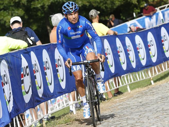 Cassani:  «Mai sceso dalla bici ma ora la sfida è un'altra maratona in 3 ore»