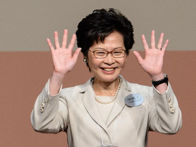 Una donna guida Hong KongMa lo ha deciso Pechino | Chi è