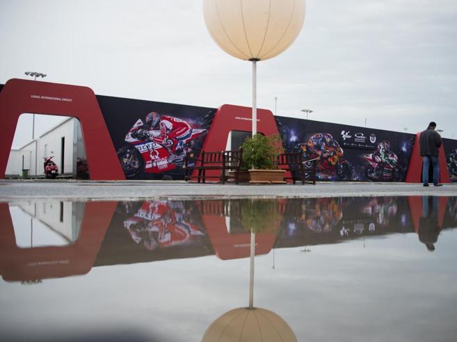MotoGp in Qatar, annullate le qualifiche per il meteo