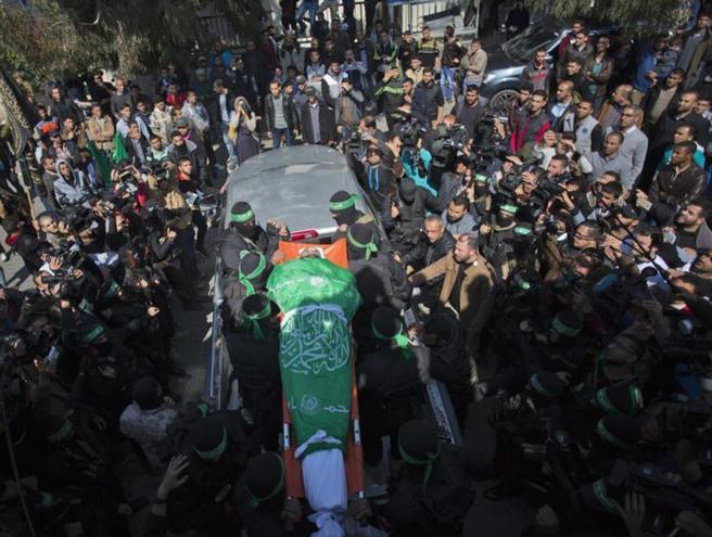 Gaza, Hamas chiude la frontiera dopo l'uccisione di un suo leader