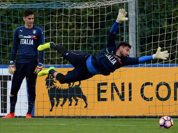 Olanda-Italia 1-2, Eder e Bonucci stendono gli orange. Ventura può sorridere
