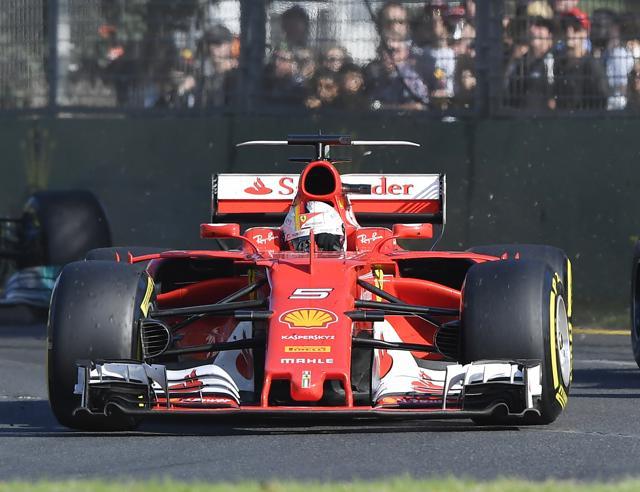 F1, la Ferrari vince a MelbourneVettel domina davanti a Hamilton