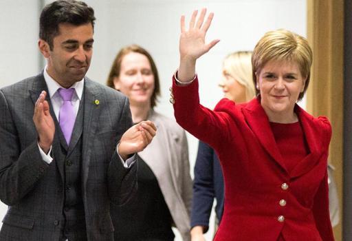 La premier scozzese Nicola Sturgeon, impegnata nella battaglia per mantenere la Scozia nell'Ue