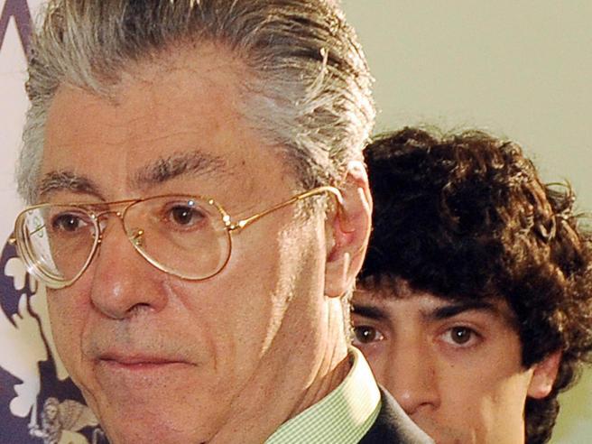 Umberto Bossi, il pm chiede 2 anni e 3 mesi per appropriazione indebita