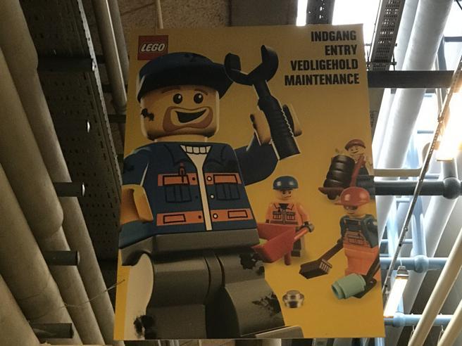 Lego, il mattoncino immortaleViaggio nella nuova casa Video