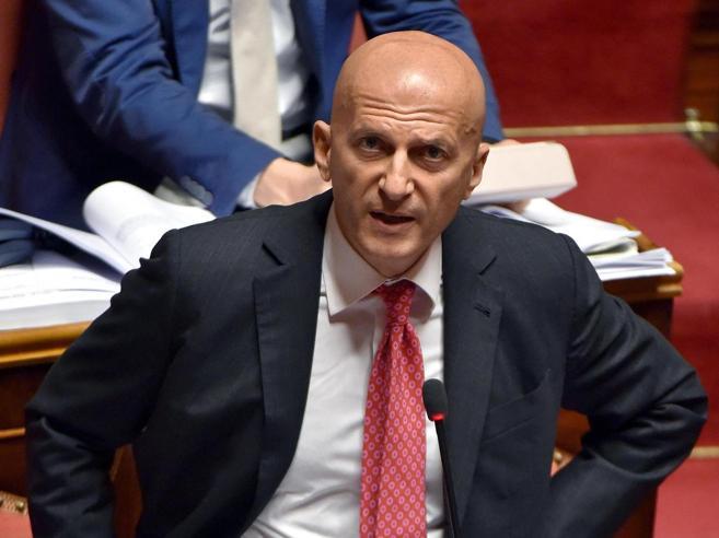 Senato, Minzolini si è dimesso: «La mia vicenda indipendente dal caso Lotti»
