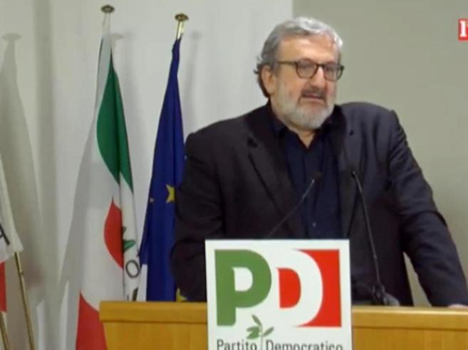 Consip, Emiliano in procura: acquisiti gli sms scambiaticon Lotti e Tiziano Renzi