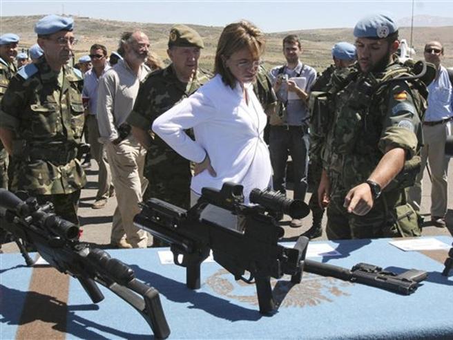 Muore a 46 anni l'ex ministra della Difesa spagnola Carme Chacon