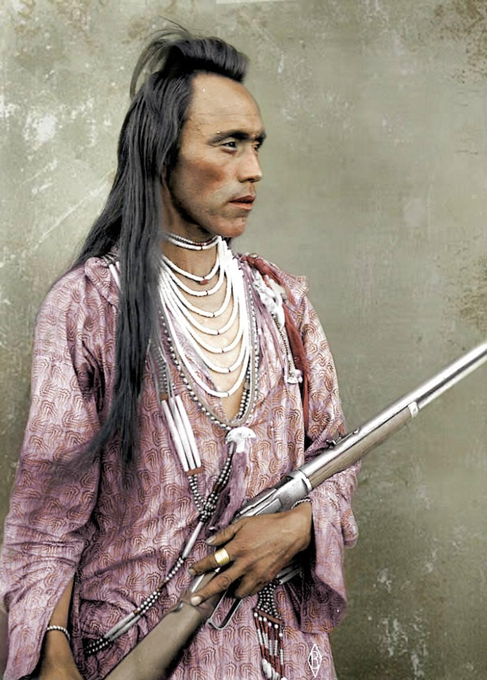 L'indiano con il fucile