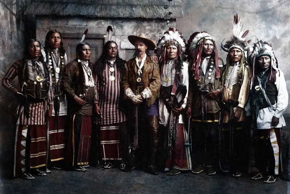 Il cast di Buffalo Bill e i nativi americani