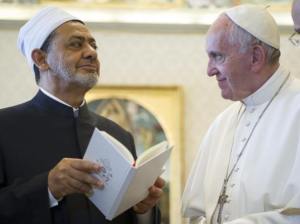 Il Papa in Egitto, Francesco userà una papamobile chiusa e blindata
