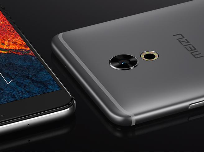 Come acquistare uno smartphone top senza svenarsi: 5 modelli «cinesi ma non troppo»