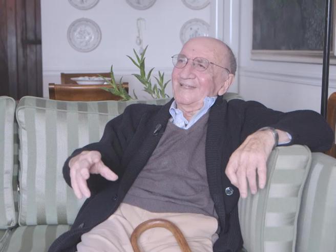 Addio a Piero Ottone, maestro di giornalismo. Aveva 92 anni