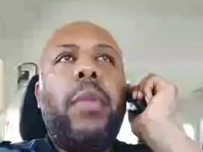 Usa, uccide  un uomo e posta il video su Facebook: è  caccia al killer
