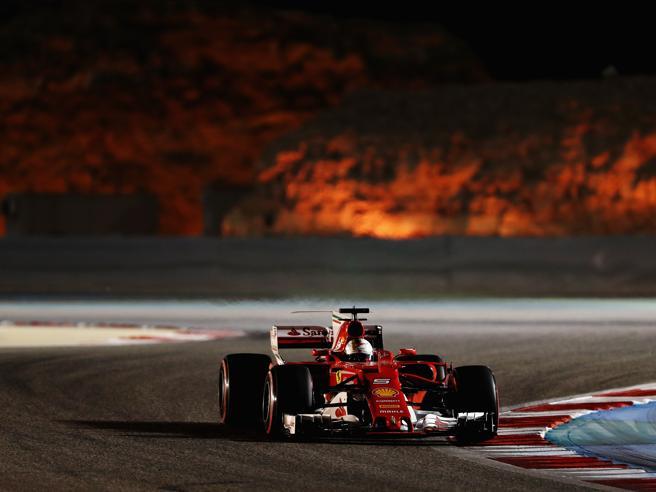 Formula 1, Gp Bahrein: Ferrari mostruosa Vettel batte Hamilton e guida il  Mondiale