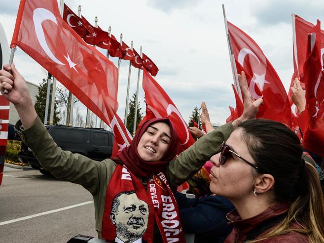 Referendum Turchia, osservatori Osce: «Violati gli standard internazionali»