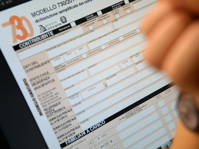 Tasse, ecco la dichiarazione dei redditi Tutte le nuove detrazioni del 730 schede