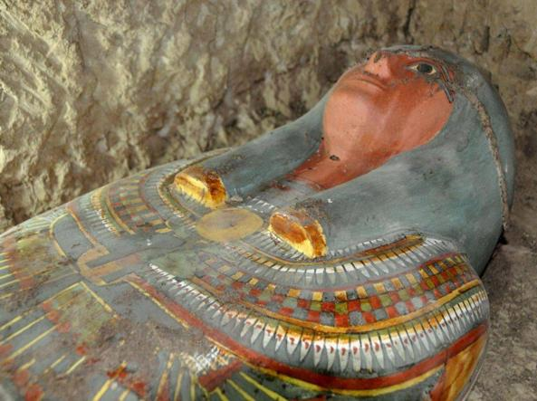 Scoperte mille statue in tomba a Luxor
