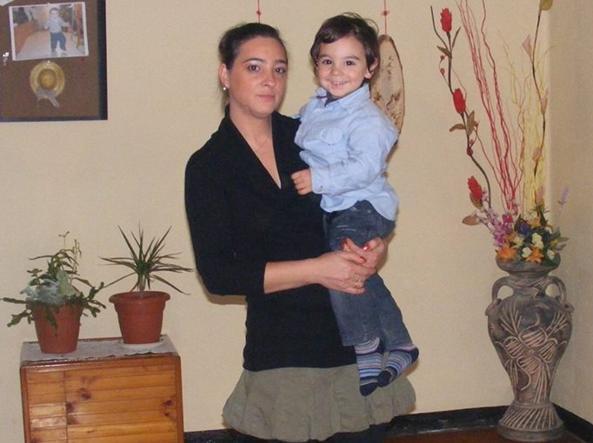 Casa in fiamme a Genova, dichiarata la morte cerebrale del bimbo