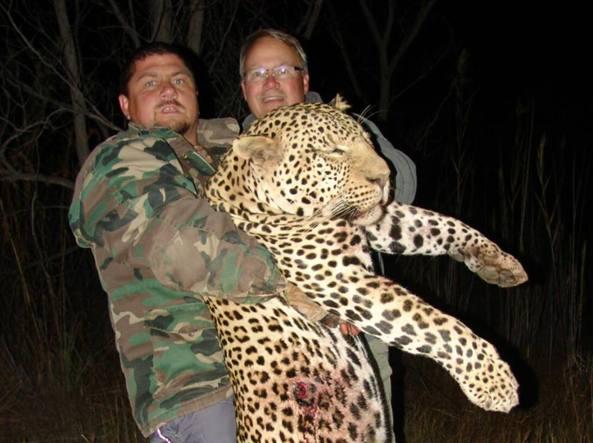 Scomparso il re dei cacciatori È stato mangiato dai coccodrilli