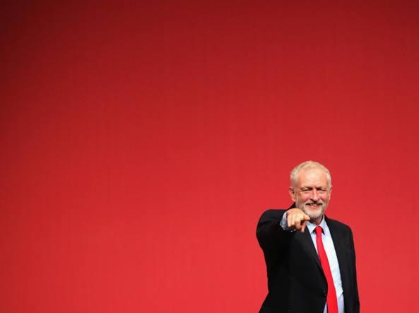 Theresa May annuncia le elezioni anticipate in Gran Bretagna