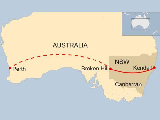 A 12 anni guida 1.300 km attraversando l'Australia in auto. Alla fine  lo blocca la polizia