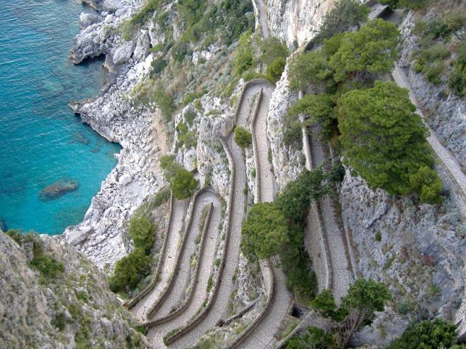 Capri, la storica strada ai privati?«Sarà gestita da società veneta»