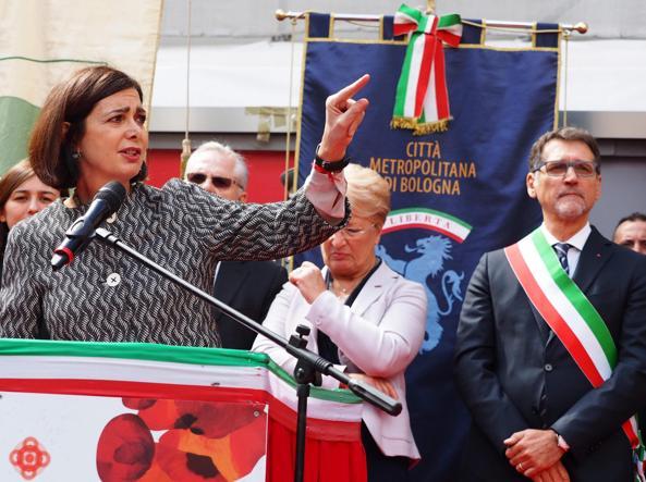 Laura Boldrini ha celebrato il 25 aprile a Bologna (Ansa)
