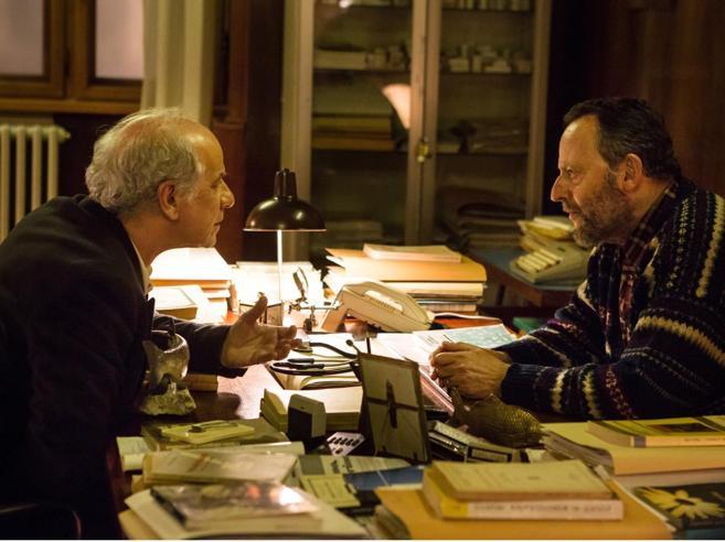 Toni Servillo e Jean Reno tra caso di cronaca e caso mediatico