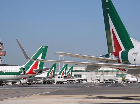Crisi Alitalia: Lufthansa smentisce, Intesa - San Paolo ci prova